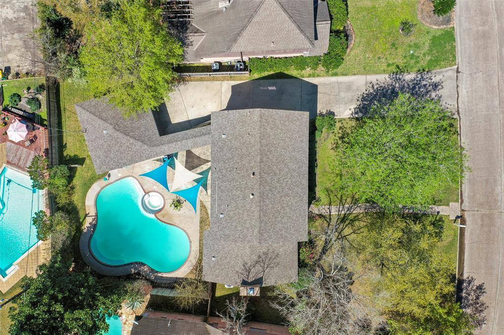 16315 Sir William Drive, Spring, TX 77379