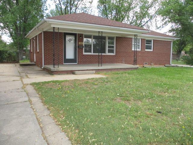 444 S Georgie Ave, Derby, KS 67037