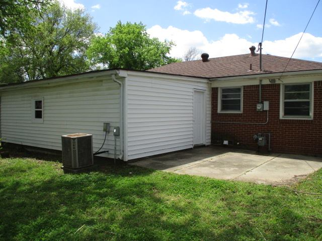 444 S Georgie Ave, Derby, KS 67037