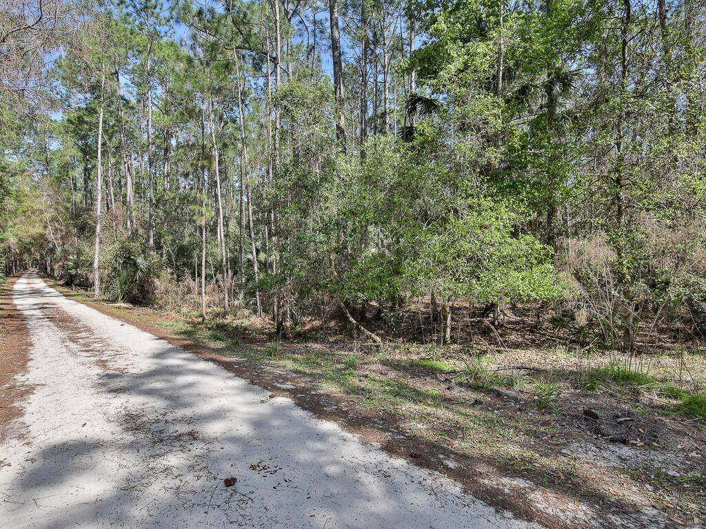 1930 Old Train Road, Deltona, FL 32738
