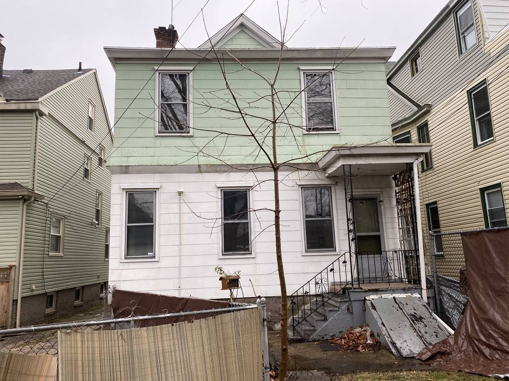 108 N 19th St, East Orange City, NJ 07017