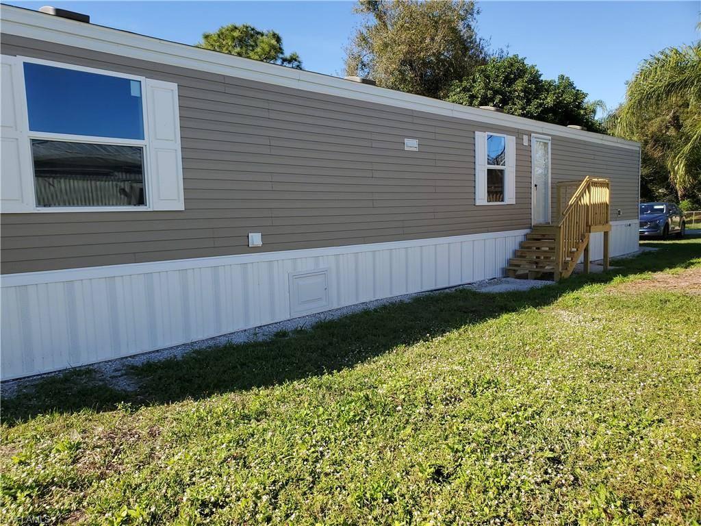 341 Stockton St, North Fort Myers, FL 33903