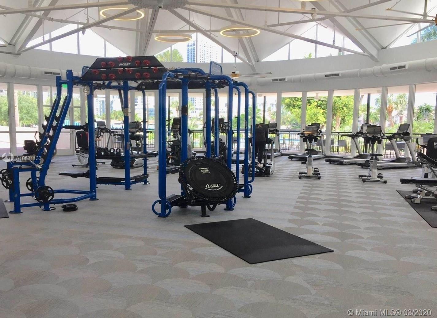 2500 Parkview Dr, #2514, Hallandale Beach, FL 33009