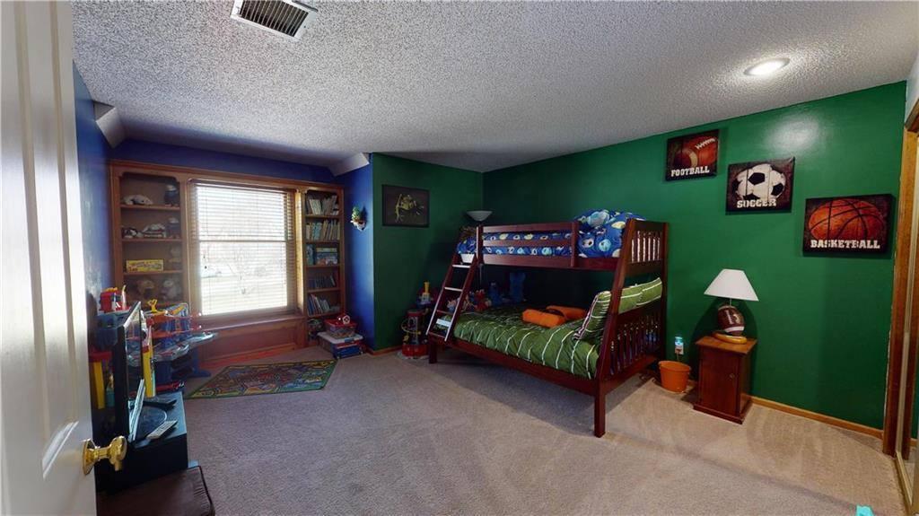 15831 West Locust Street, Olathe, KS 66062