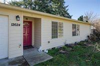 12624 SE Reedway St, Portland, OR 97236