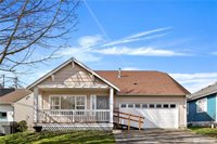 2923 St Paul St, Bellingham, WA 98226