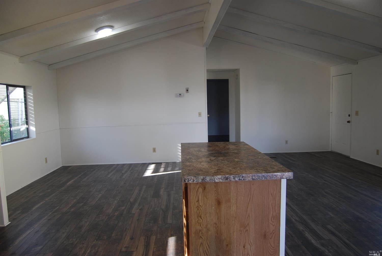 211 Ricardo Avenue, Santa Rosa, CA 95407