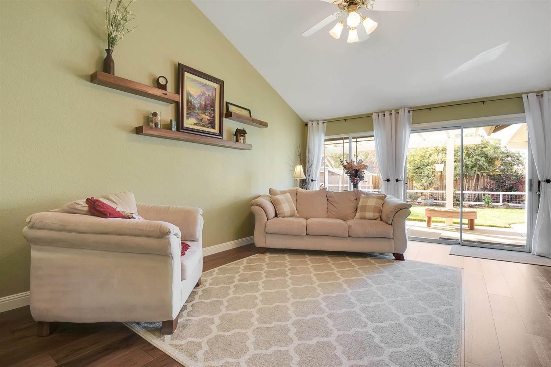 1664 Jamie Drive, Yuba City, CA 95993