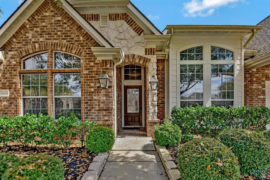 8606 Country Brook Court, Houston, TX 77095