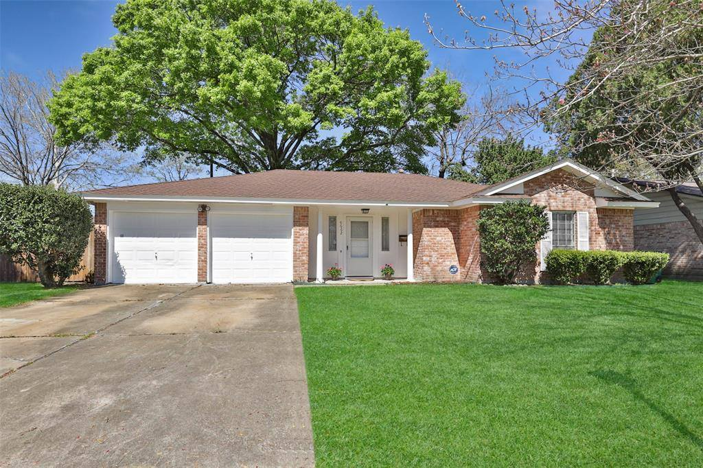 9662 Windswept Lane, Houston, TX 77063