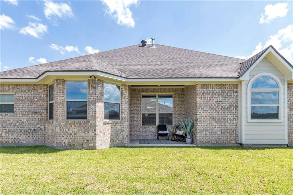 2975 Archer Drive, Bryan, TX 77808