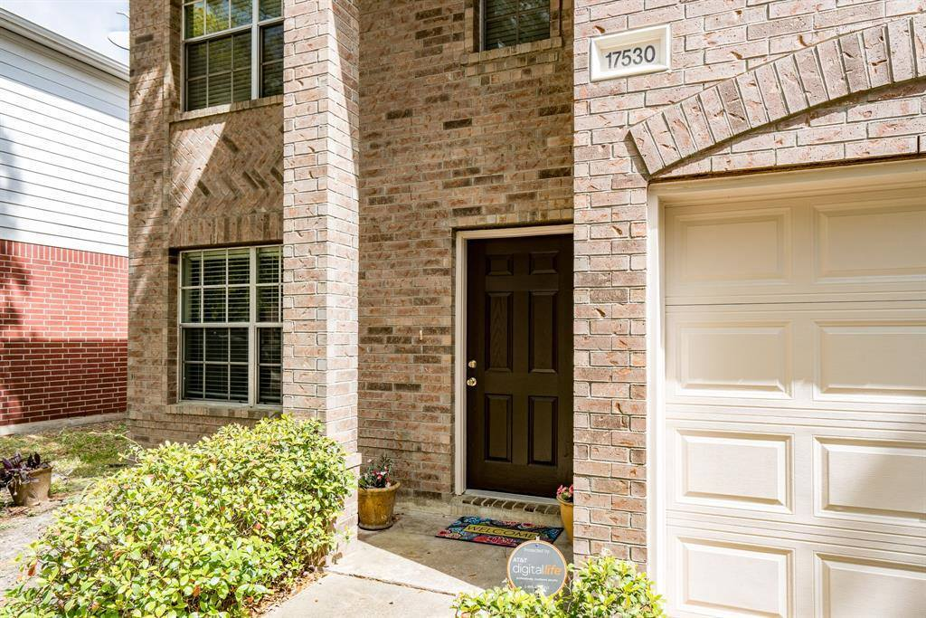 17530 South Summit Canyon Drive, Houston, TX 77095