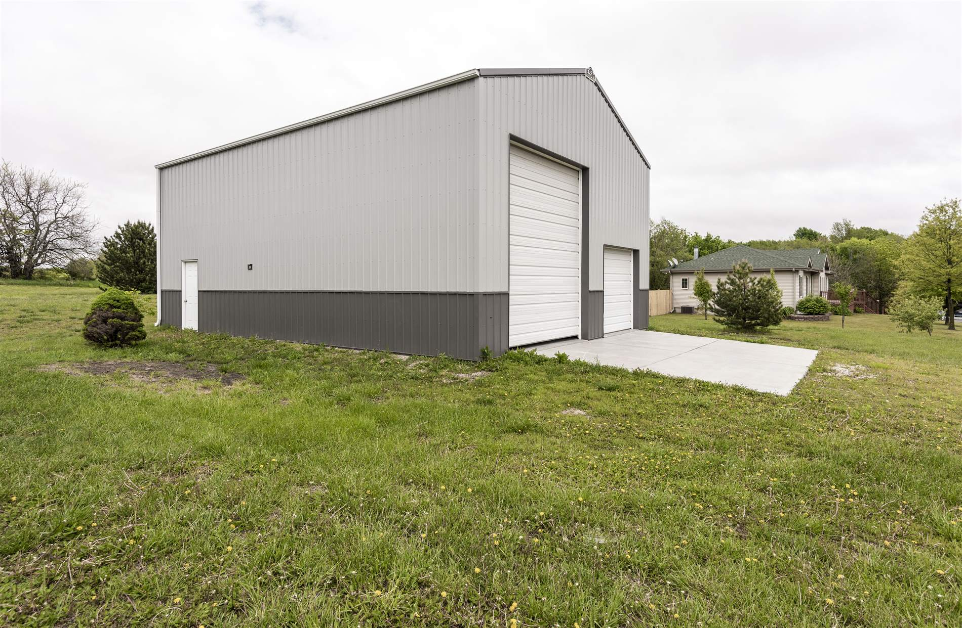 2810 Mockingbird Road, Milford, KS 66514