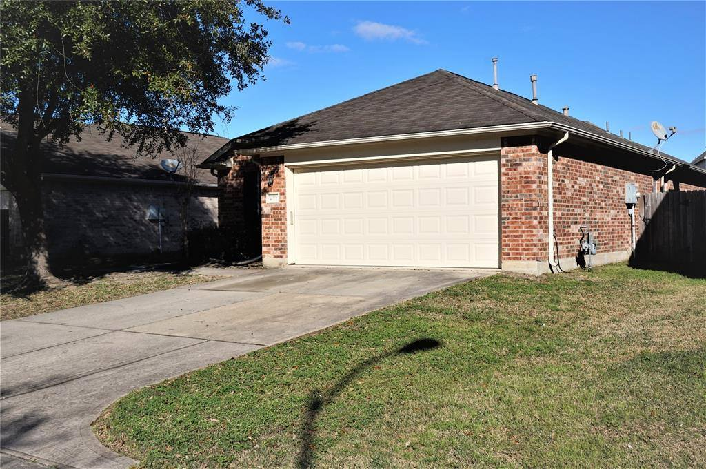 17806 Seco Creek Lane, Humble, TX 77396