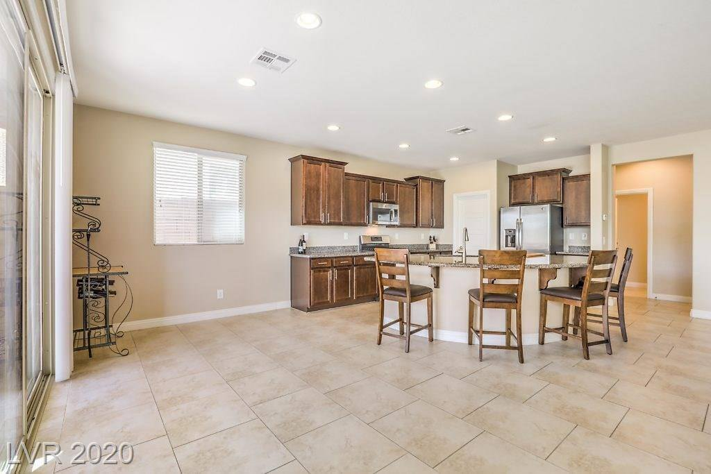 9951 Coyote Echo Court, Las Vegas, NV 89166