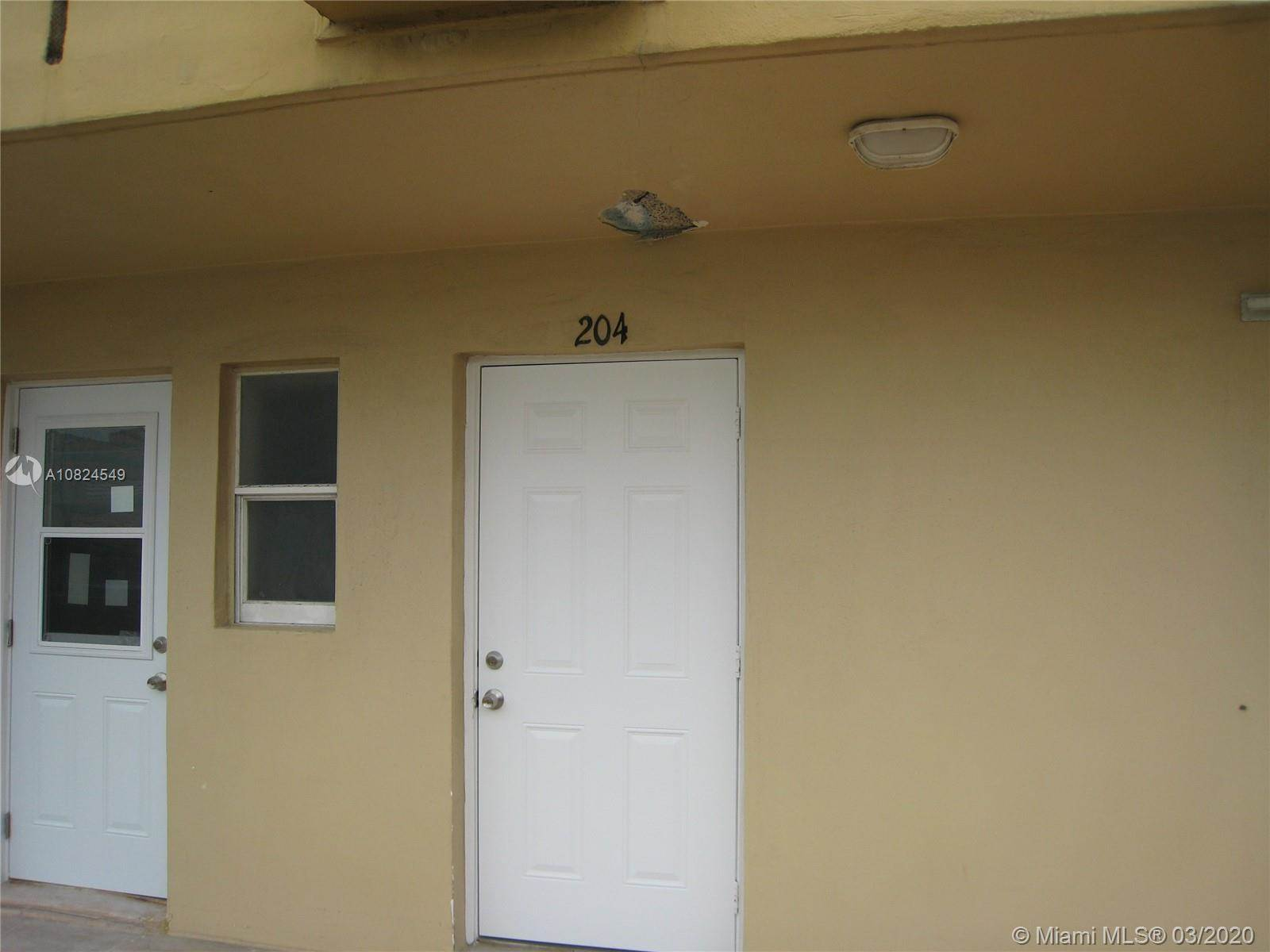 320 South Surf Rd, #204, Hollywood, FL 33019