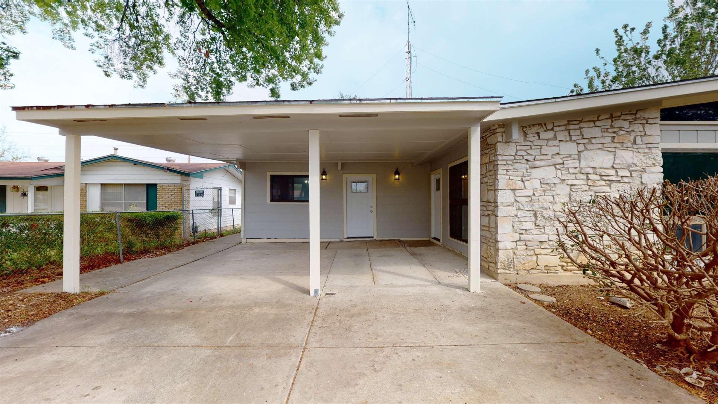1810 Westplain Dr, San Antonio, TX 78227