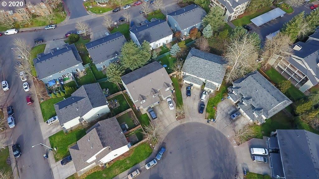 15477 SW Donna Ct, Beaverton, OR 97078