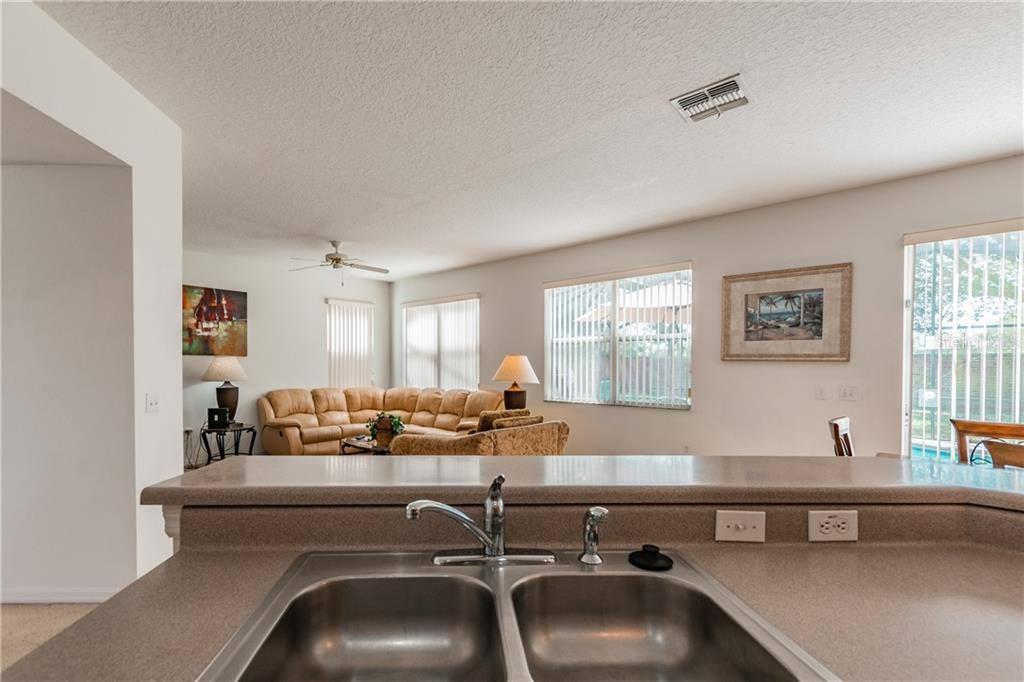 1051 Berkeley Drive, Kissimmee, FL 34744