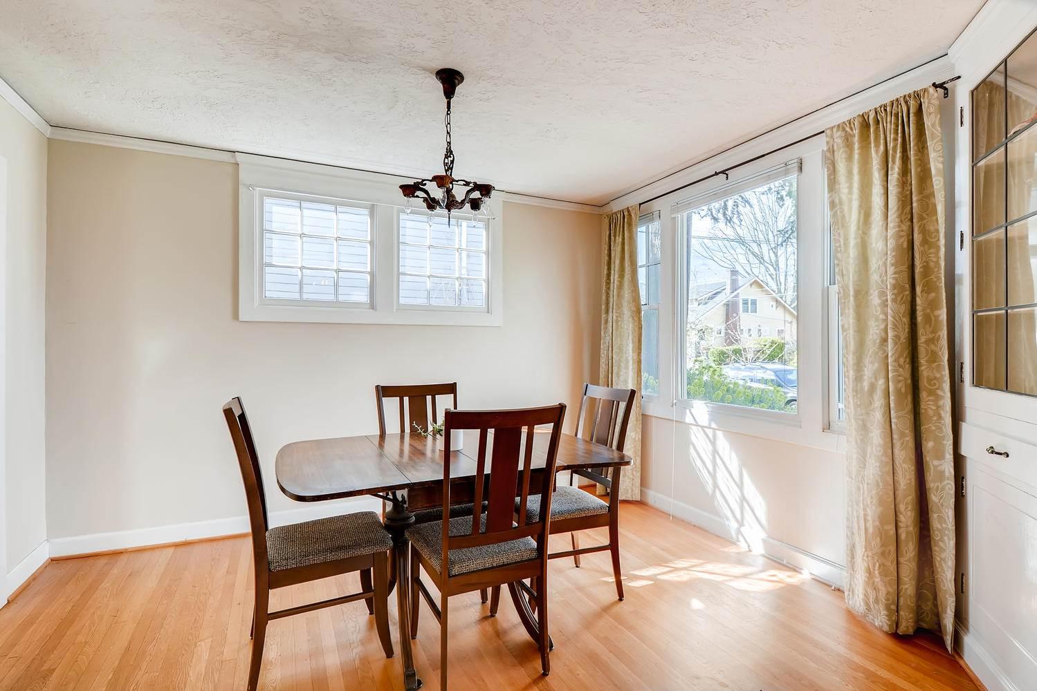 1556 SE Malden St, Portland, OR 97202