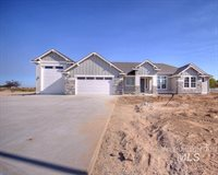 15318 Pronghorn Ct, Caldwell, ID 83607