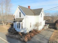9 Ferry Street, Milford, ME 04461
