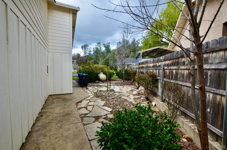 333 Oak Tree Circle, Murphys, CA 95247