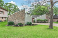 70 April Wind Drive South, Montgomery, TX 77356