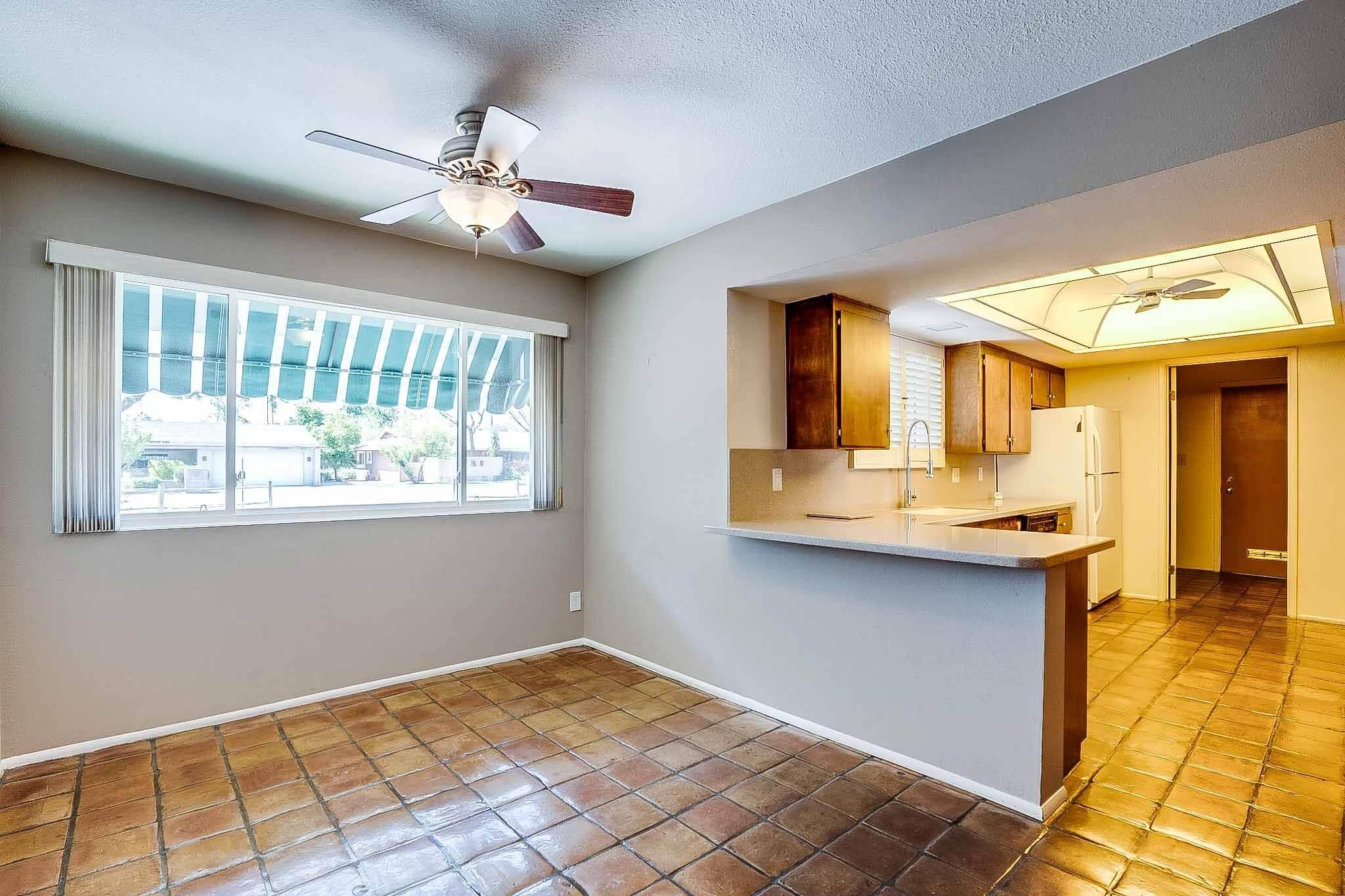 8009 N 6th ST, Phoenix, AZ 85020