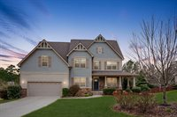 16 Victoria Drive, Whispering Pines, NC 28327