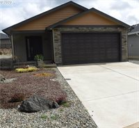 530 Fairway Estates Dr, Sutherlin, OR 97479