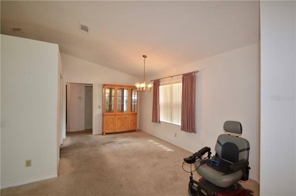 516 Cloudcroft Drive, Deltona, FL 32738