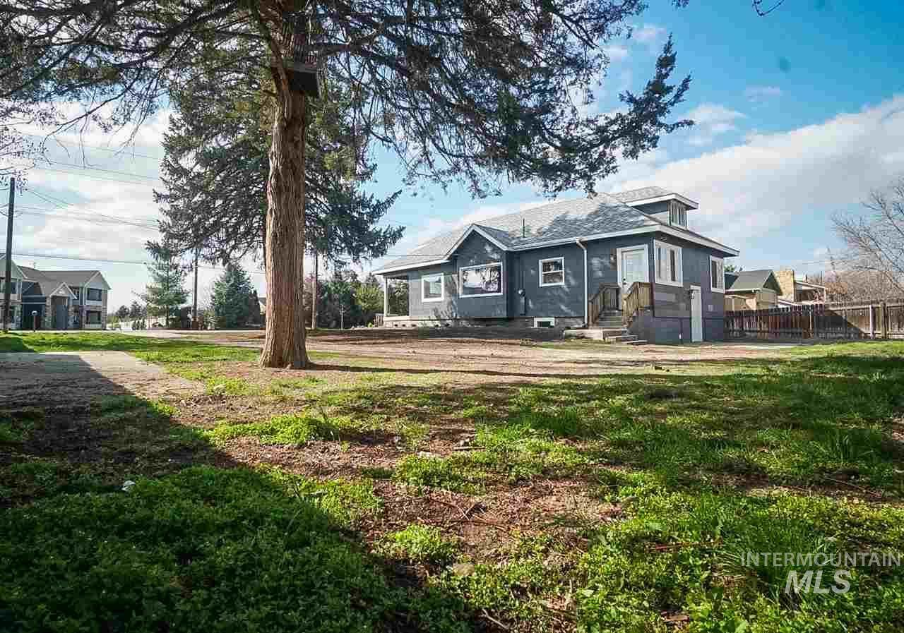 5800 Gary Lane, Boise, ID 84714