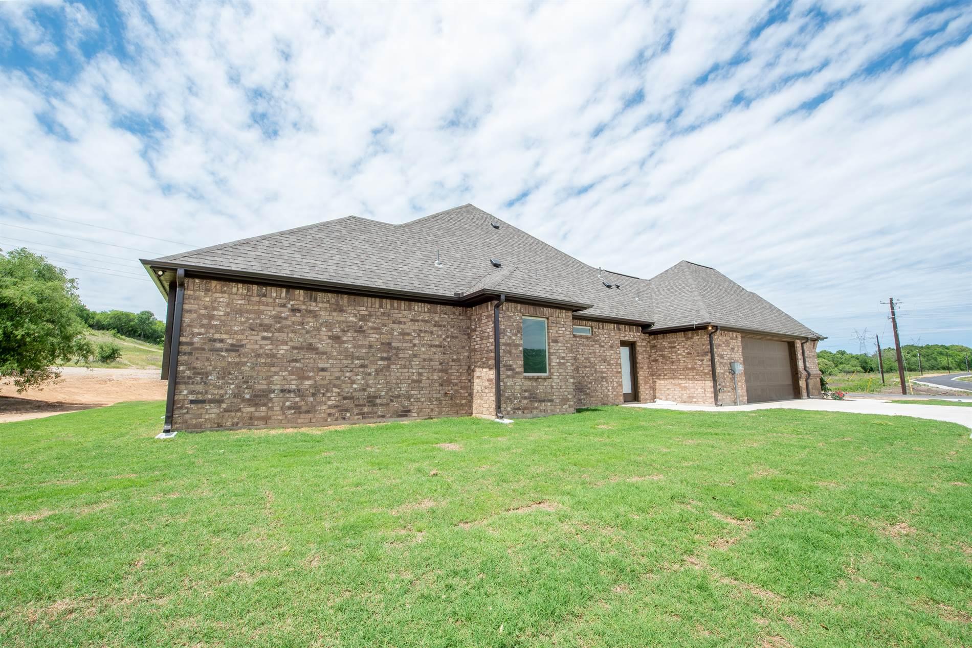 314 Glade Valley Road, Azle, TX 76020