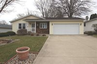 1819 West Winchester Drive, Freeport, IL 61032