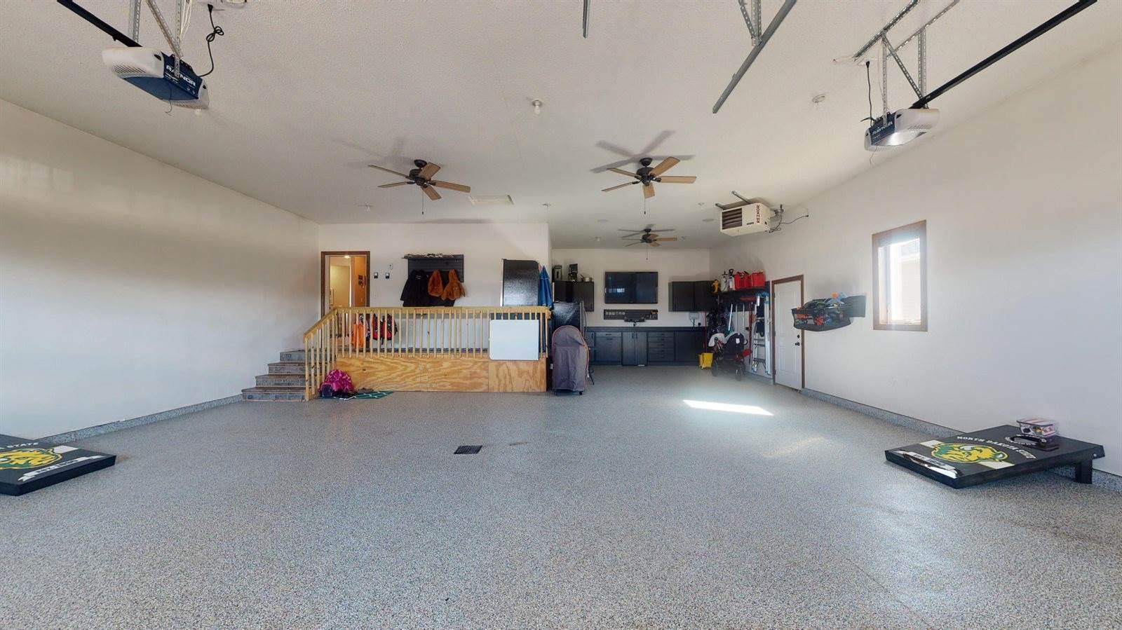 5209 Sunlight Drive, Bismarck, ND 58503