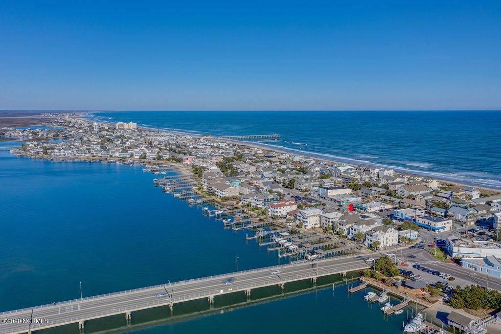 16 Channel Avenue, #B, Wrightsville Beach, NC 28480