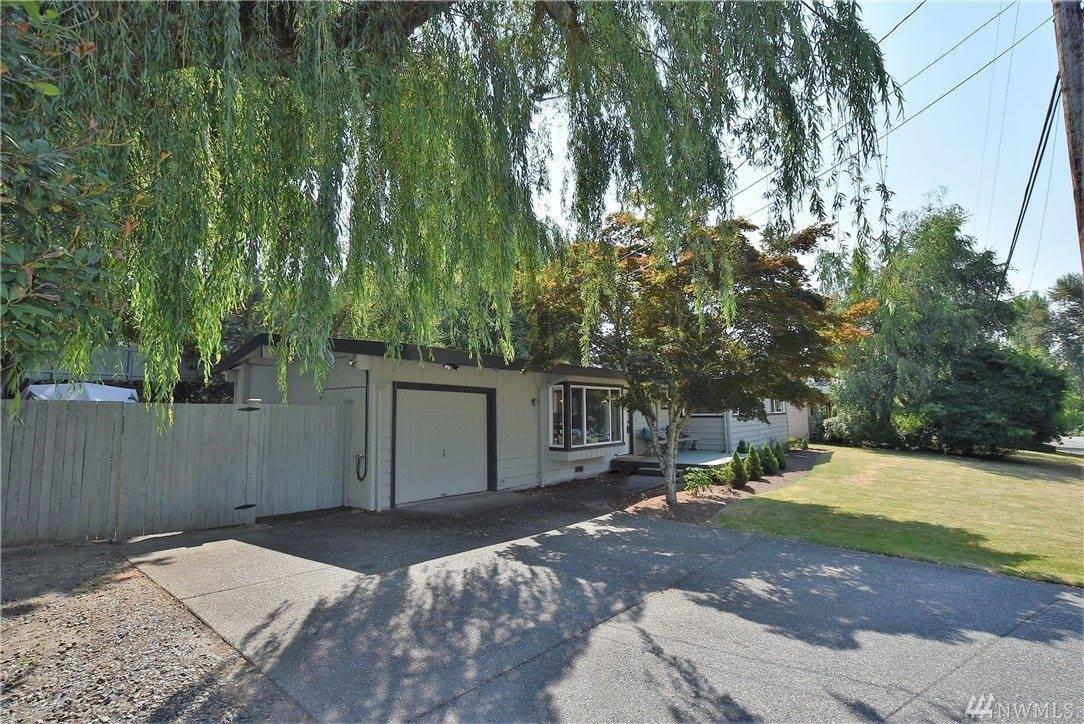 15258 88th Ave NE, Kenmore, WA 98028