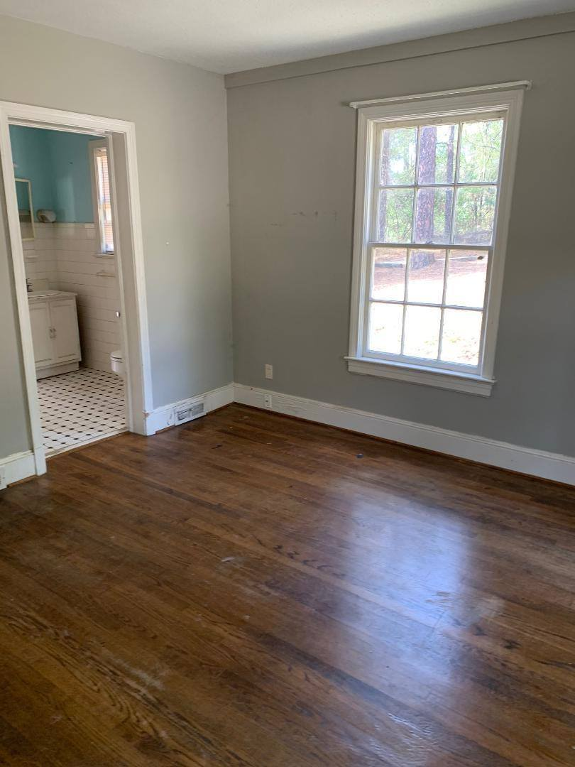 200 Spring Road, Southern Pines, NC 28387