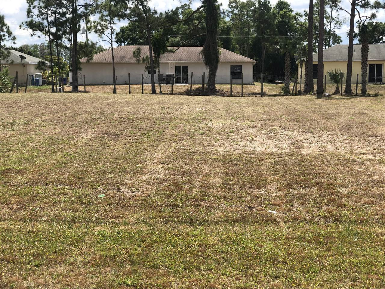 115 Greenbriar Blvd, Lehigh Acres, FL 33972