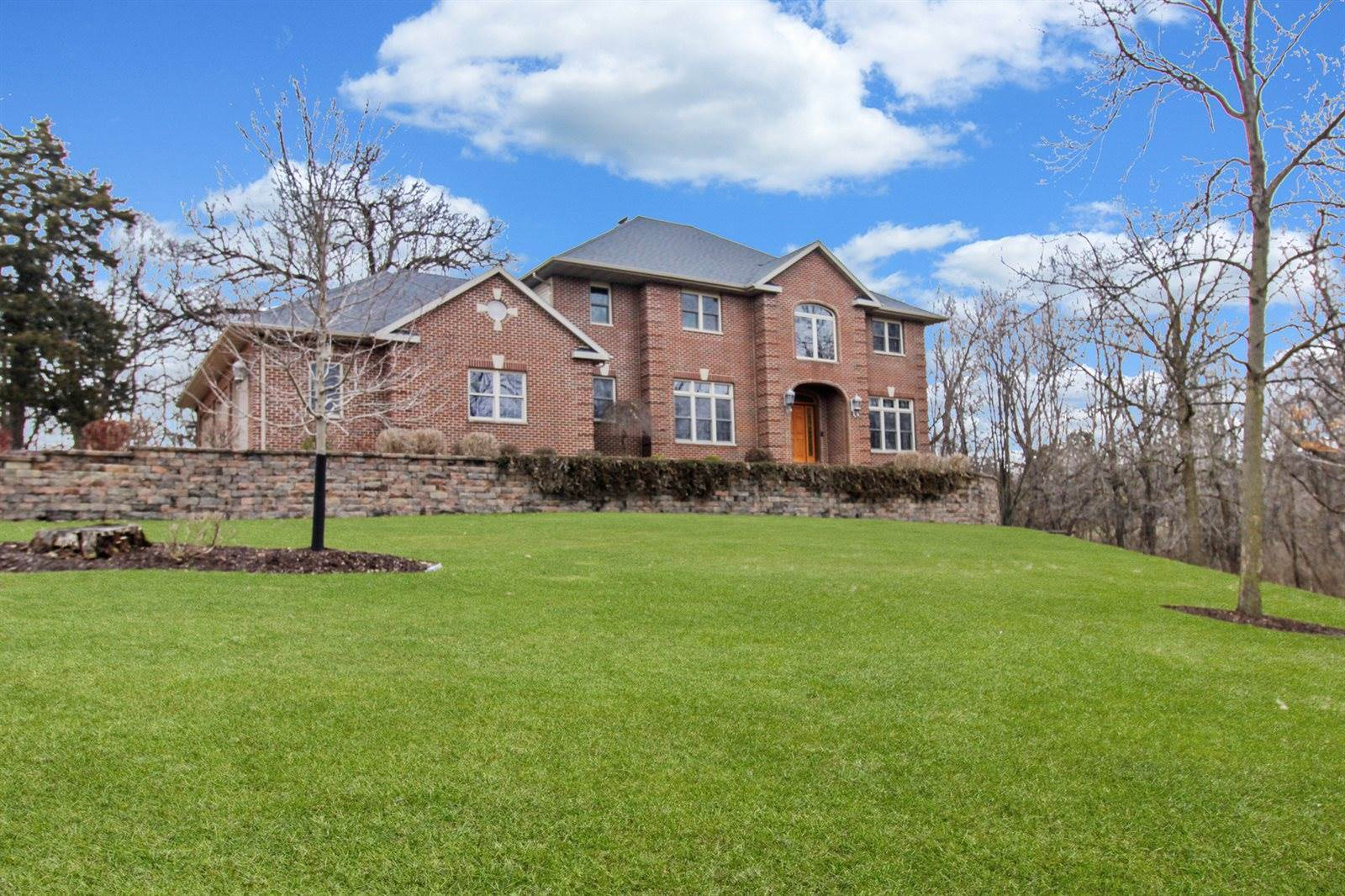3285 Forest, Freeport, IL 61032