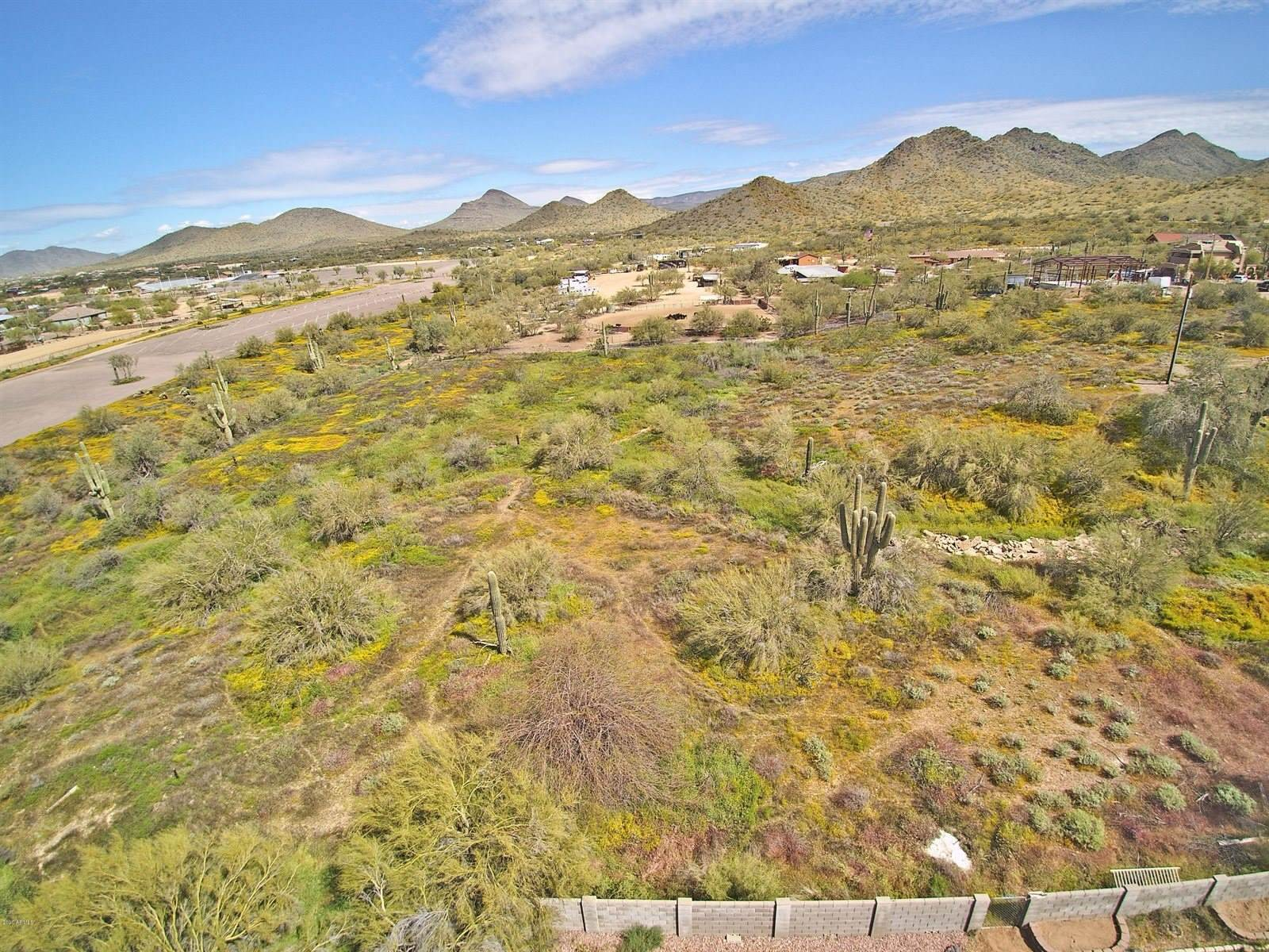 2900 East Lazy Lizard Lane, Cave Creek, AZ 85331
