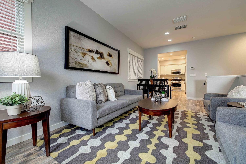 2014 20th Street, Sacramento, CA 95818