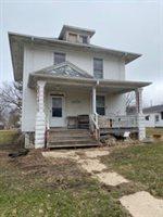 509 1st, Forreston, IL 61030