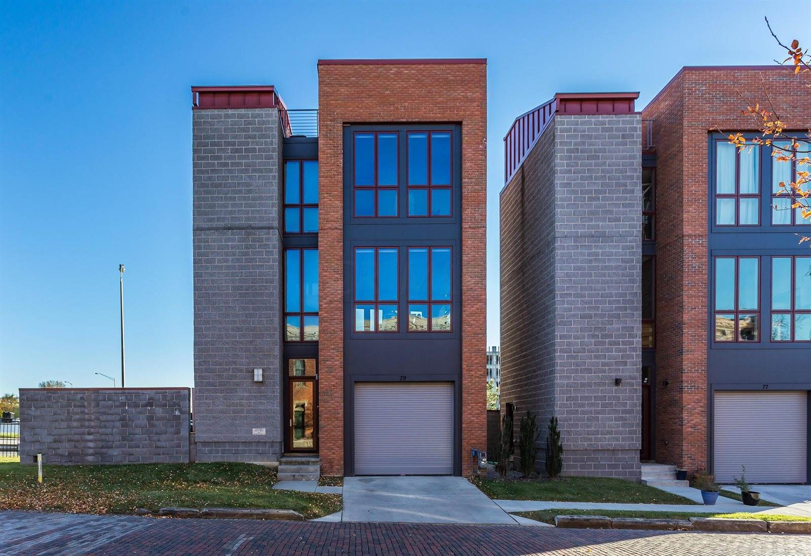 79 East Russell Street, Columbus, OH 43215