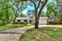 917 East Lido Circle, Niceville, FL 32578