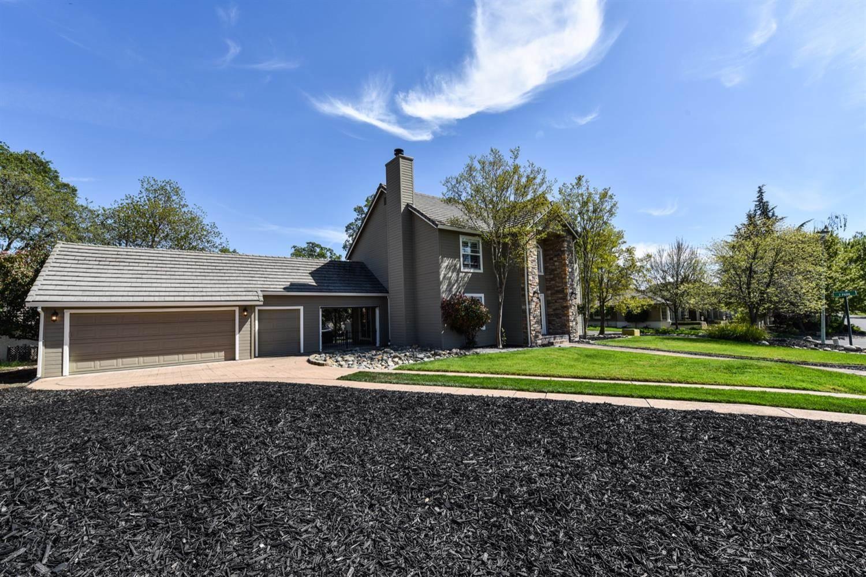 6361 Puerto Drive, Rancho Murieta, CA 95683