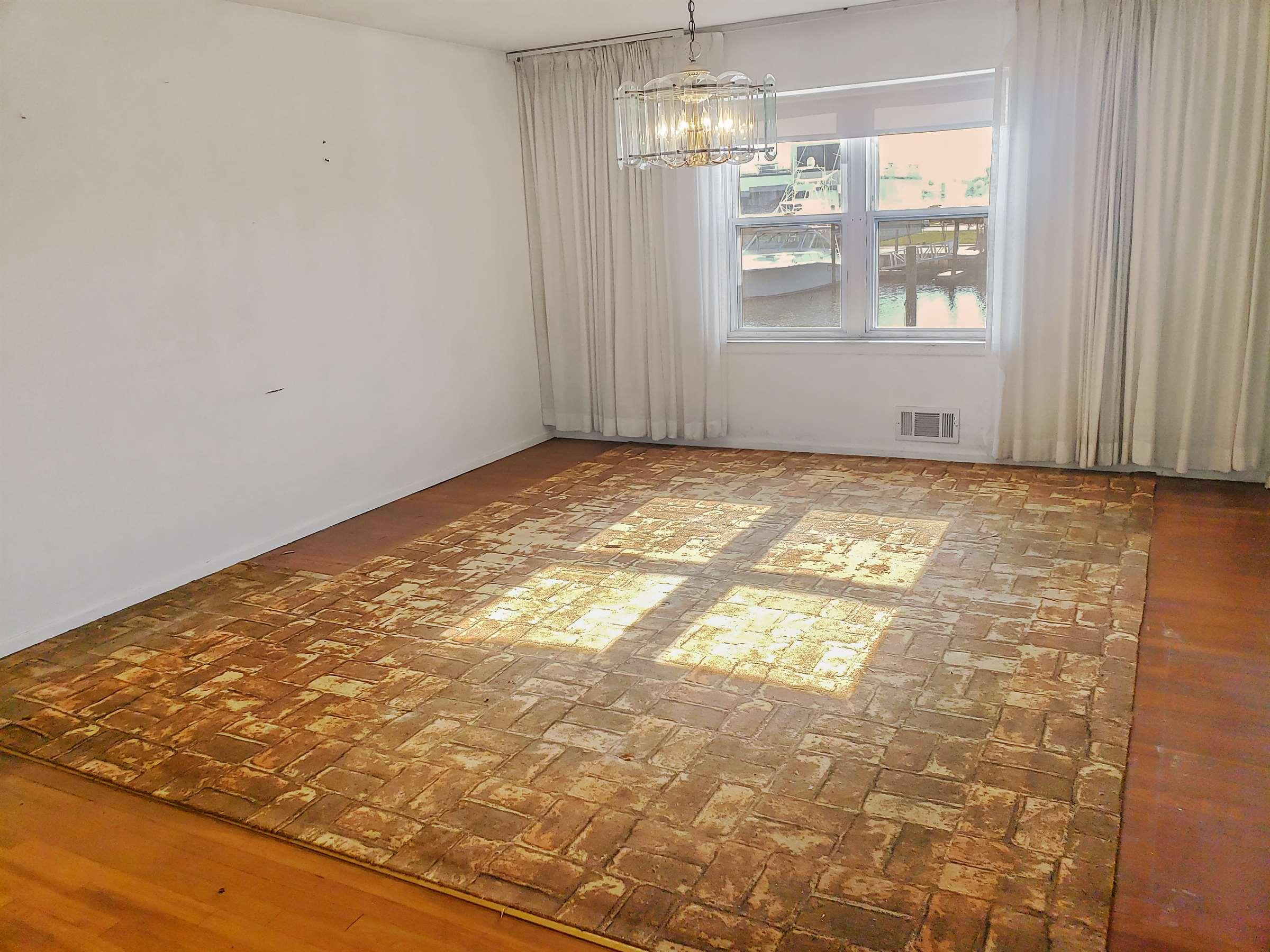 618 Guy Lombardo Avenue, Freeport NY 11520, Freeport, NY 11520