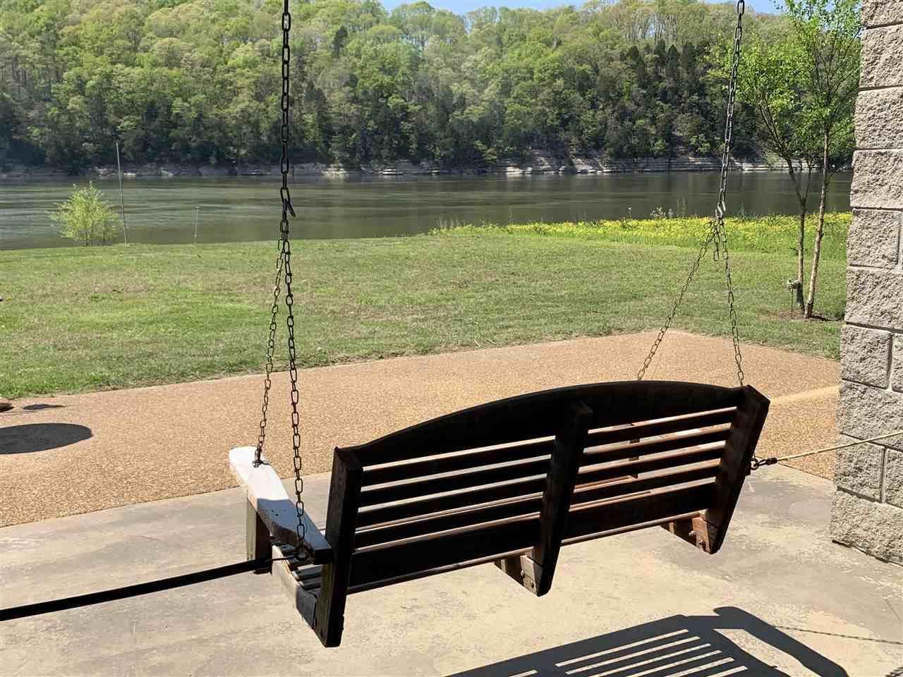 1017 Hardin Bottom River, Clifton, TN 38425