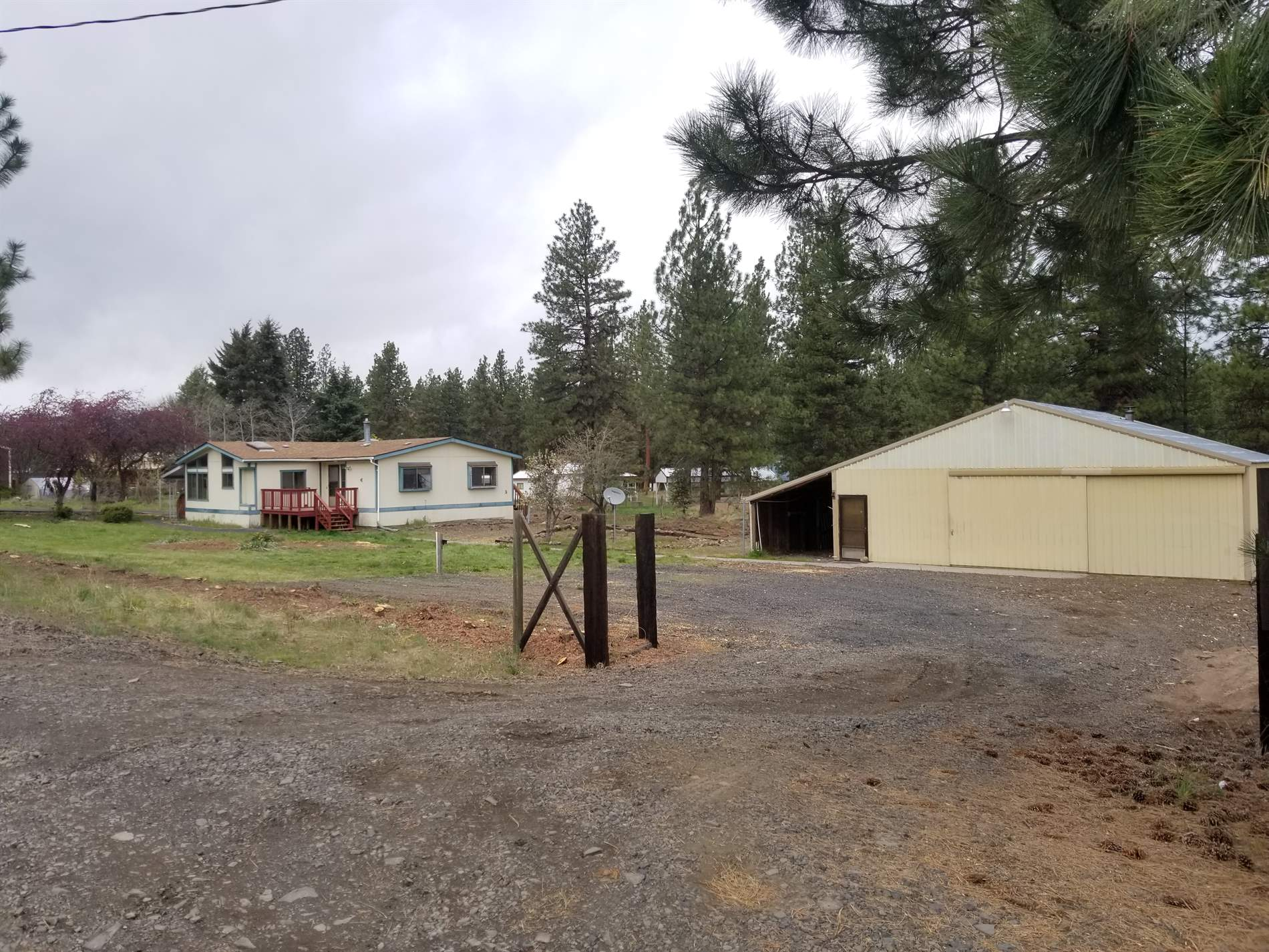 245 S Mike Road, Tygh Valley, OR 97063